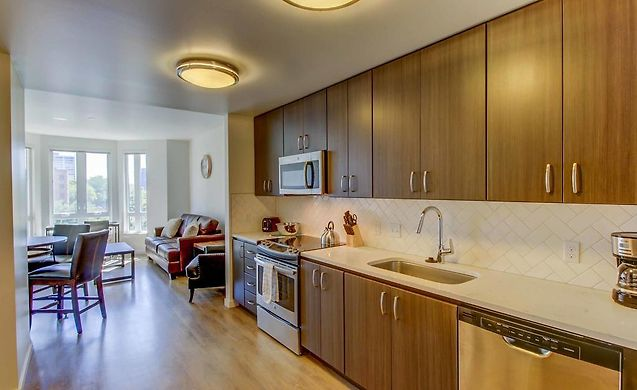 BRAND NEW APARTMENT IN PORTLAND\'S CULTURAL DISTRICT, PORTLAND, OR